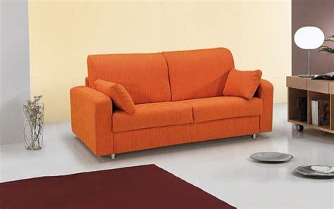 divani colori divani a 2 posti quali colori utilizzare