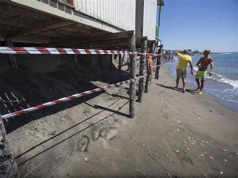 capitaneria di porto ostia ostia balneari dalla capitaneria di porto per l erosione