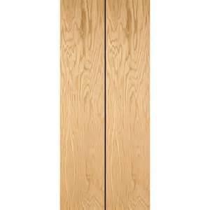 Oak Bifold Doors by Shop Reliabilt Flush Hollow Oak Bifold Closet Door