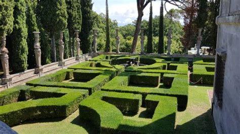 palazzo farnese caprarola giardini palazzo farnese il giardino photo de palazzo farnese