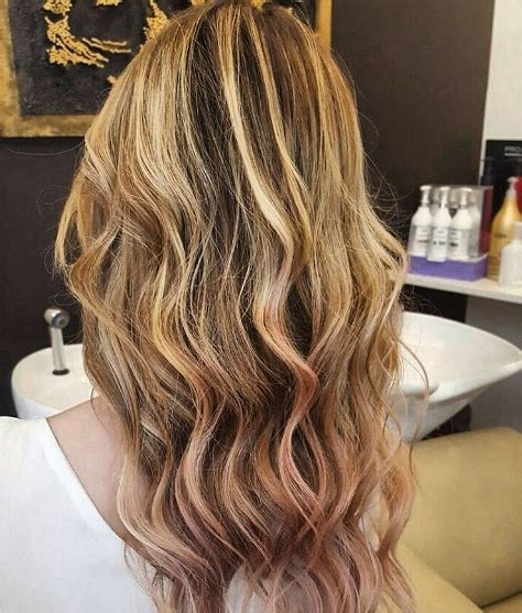 best 25 triangle hair ideas 25 rose gold hair highlights ideas from instagram