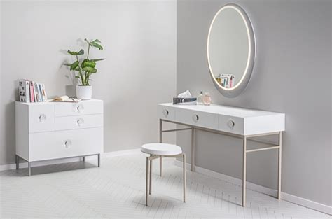Small Makeup Desk Small Makeup Table Small Vanity Dresse Home Design Ideas