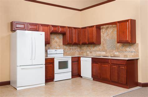 madison cherry kitchen cabinets madison cherry kitchen cabinates photos pictures