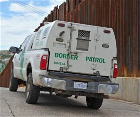 Border Patrol Arrest Records Lapd Officer Arrested At U S Mexico Border Could