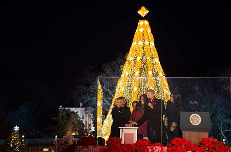 reese witherspoon at 93rd annual national christmas tree