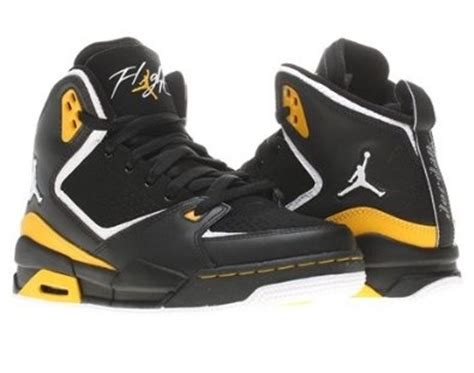 rubber shoes for basketball 17 best images about them jordans though on
