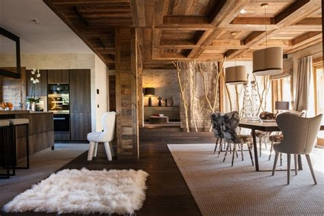 faux holzdecken fliesen ceiling beams in interior design how to incorporate them