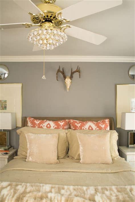 bedroom cooling fan 25 best ideas about ceiling fan chandelier on pinterest chandelier fan ceiling fan