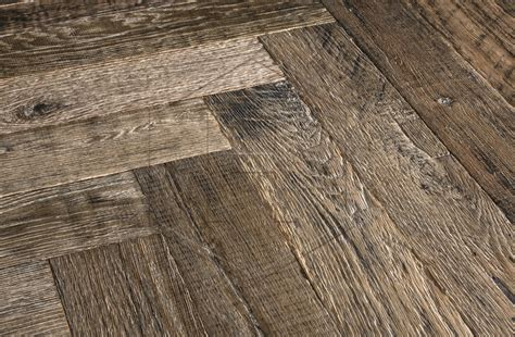 RECM2122 Oak Beck Herringbone Rustic Grade Engineered Wood