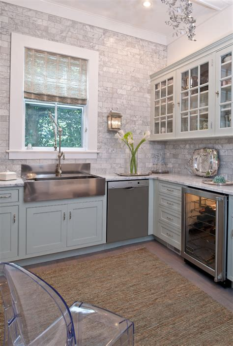 apron sink with backsplash marble backsplash kitchen rustic with apron front sink barstools beeyoutifullife