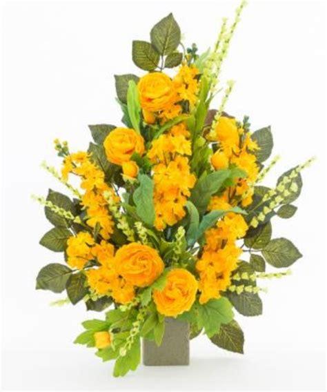 come comporre un mazzo di fiori mazzo di fiori artificiali per loculo con dahlie ml007