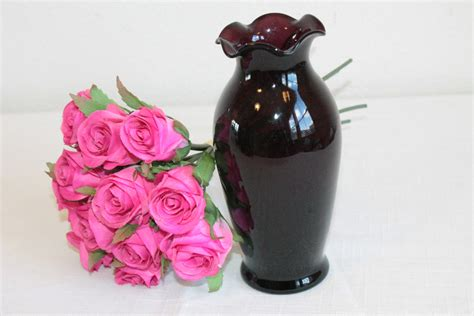 Purple Bud Vase by Purple Glass Bud Vase With Ruffled Edge