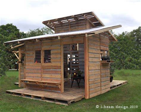 beautiful pallet house with i beam design pallet
