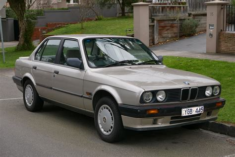 Free Kain Bmw Seri 3 1982 1990 318i Sarung Setir Argento file 1990 bmw 318i e30 4 door sedan 2015 07 09 01 jpg wikimedia commons