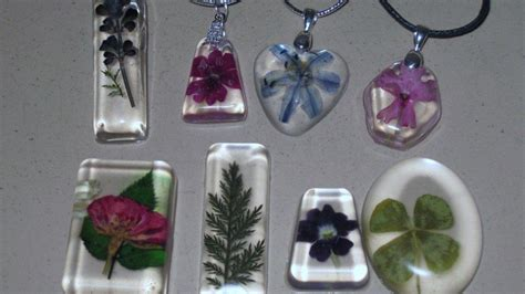 how to make resin jewelry with pictures resin jewelry made from pressed flowers diy ready