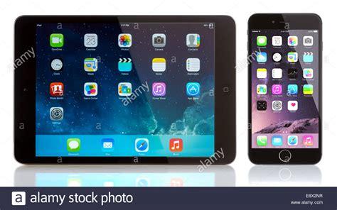 ios iphone ipad ios view ipad mini and iphone 6 on white apple ios 8 applications