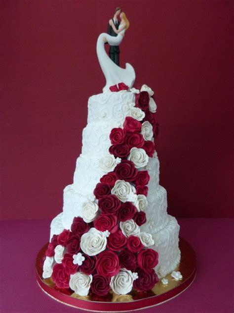 Hochzeitstorte Rot by Die Besten 17 Ideen Zu Hochzeitstorten Auf