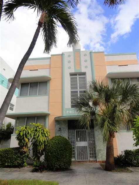Deco Miami Style 17 Best Images About Palm Trees On Trees