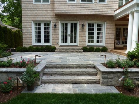 25 best ideas about raised patio on retaining