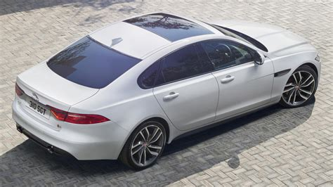 Second Jaguar Xf 2016 Jaguar Xf Revealed 2nd Up To 190 Kg Lighter