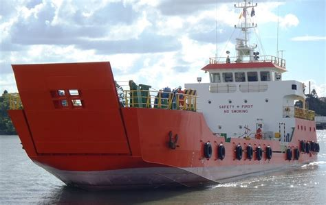 tug boats for sale in dubai lct landing craft oil tanker tug boat for sale and tc
