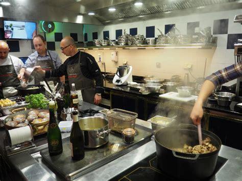 le chef coisne nous attend en cuisine pour une exp 233 rience