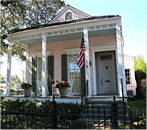 Pink Cottage In New Orleans Homes I Love Cottages Cottages In New Orleans