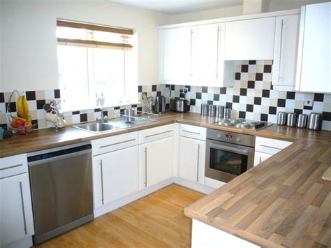 Tingle Flooring by Martin Co Leeds City 2 Bedroom Apartment To Rent In
