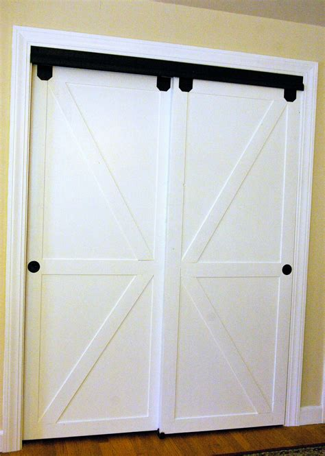 faux barn door diy faux barn doors on a sliding bypass closet door 02
