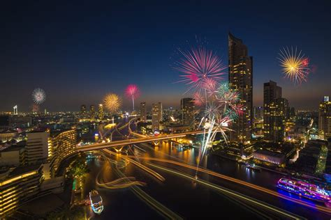 bangkok new year 25 pictures of fireworks around the world welcome 2015