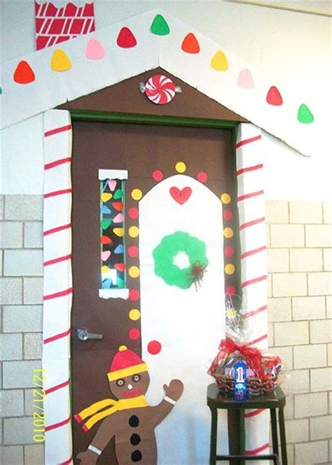 christmas bulletin decoration ideas images 60 best images about gingerbread bulletin boards on bulletin boards