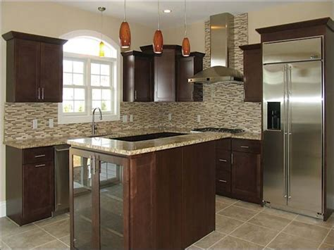 santa cecilia granite backsplash ideas saint cecilia granite with cherry cabinets roselawnlutheran