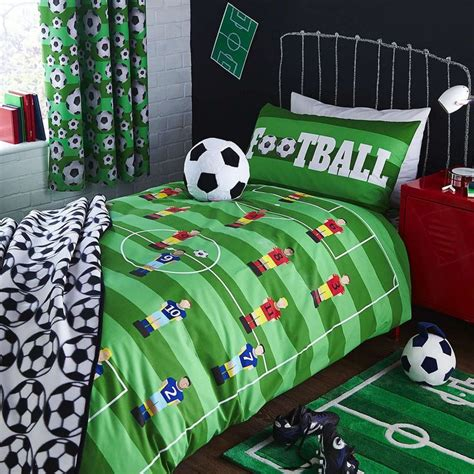 boys bedroom ideas football 25 best football bedroom ideas on pinterest boys