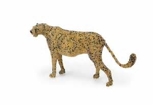 Handcrafted Home Decor Cheetah Art Wire And Bead Art