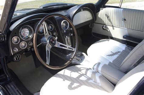1963 Corvette Interior by 1963 Chevrolet Corvette Coupe 89877