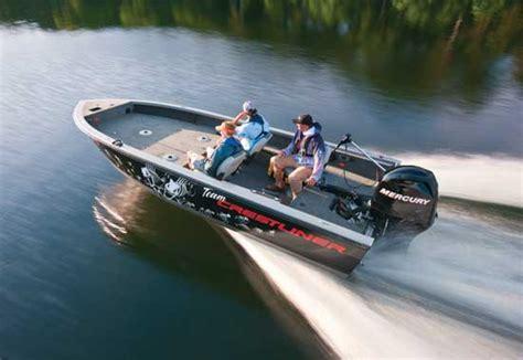 big boat runs over fishing boat 187 outboard expert 2011 crestliner 1850 pro tiller review
