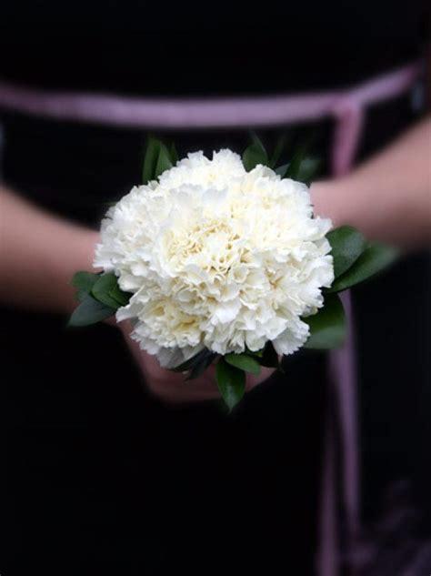 wedding carnations arrangements bouquets budget flowers