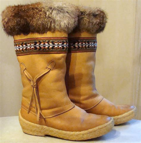 Handmade Mukluks Canada - vintage mukluk boots made in canada size 6