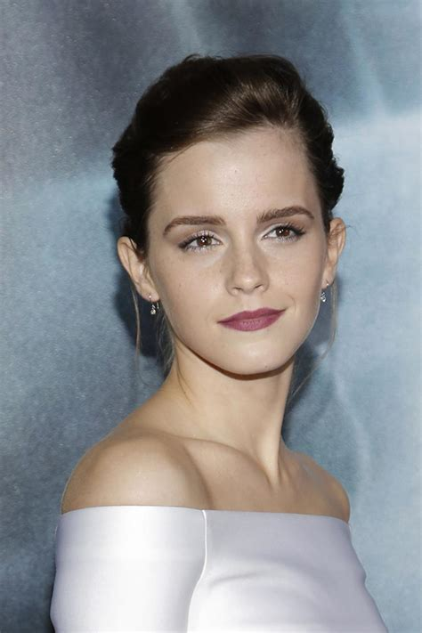 next film of emma watson emma watson to go topless in next movie shoryuken