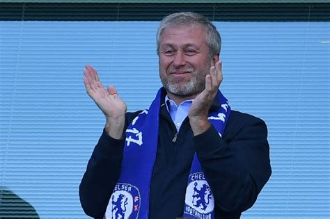 chelsea owner chelsea news roman abramovich joins in with antonio conte