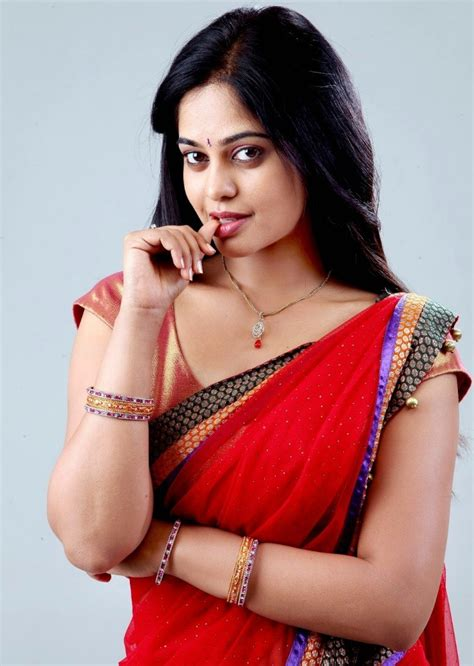 tamil actress latest gallery bindu madhavi tamil actress latest cute and hot gallery