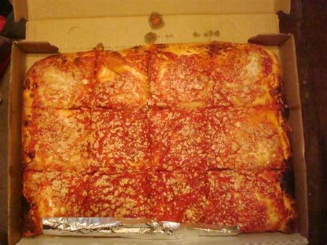 Spumoni Gardens Pizza by Pizza With A Twist Picture Of L B Spumoni Gardens