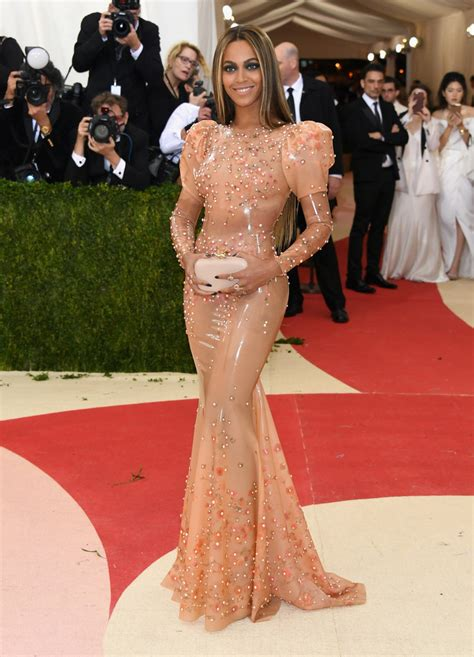 Couture In The City New Favorite Buzz Couture In The City by Beyonc 233 In Givenchy Couture At 2016 Met Gala In New York