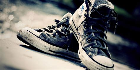 wallpaper cool shoes converse bokeh shoes twitter cover twitter background