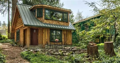 Rustic Lake Cabin by Explore This Rustic Cabin The Lake Views From The