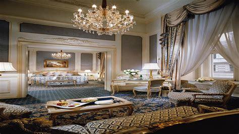 Huge Luxury Homes sitting rooms in master bedrooms luxury master bedroom