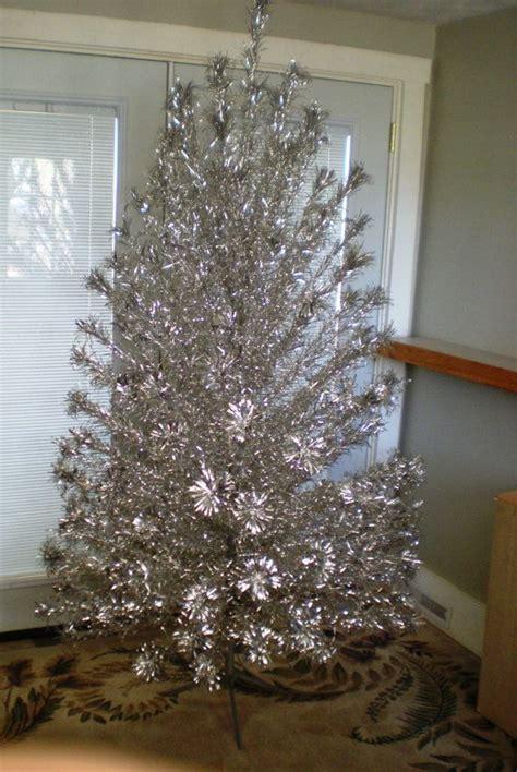 vintage peco aluminum 1960 s christmas tree 7 feet