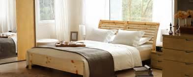 Schlafzimmer Zirbenholz by Zirbenbett Kaufen Hier Finden Sie Das Top Zirbenbett