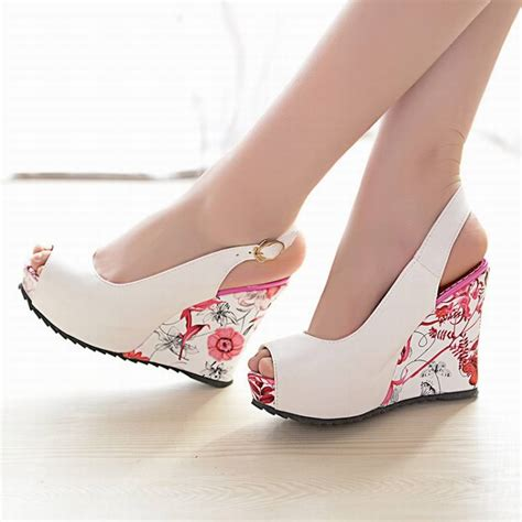 8 Advantages Of Flat Shoes Heels by New Wedge Sandals Shoes High Heels Shoes Open