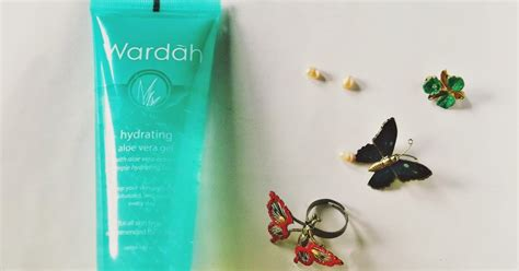 Wardah Gel Lidah Buaya wardah hydrating aloe vera gel review the pretty tales